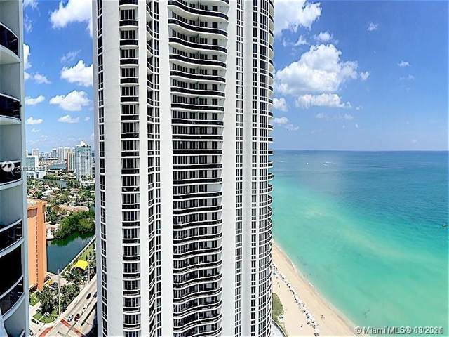 15811 Collins Ave #2403, Sunny Isles Beach, FL 33160 (MLS #A10903115) :: The Riley Smith Group
