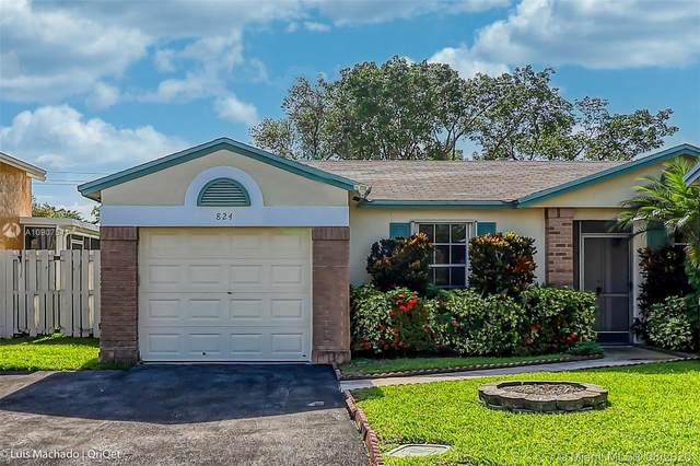 824 Cumberland Ter, Davie, FL 33325 (MLS #A10907541) :: Green Realty Properties