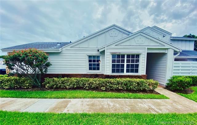 13766 SW 147th Cir Ln 4-20, Miami, FL 33186 (MLS #A10910783) :: Berkshire Hathaway HomeServices EWM Realty