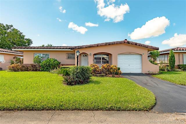 1230 NW 43rd St, Deerfield Beach, FL 33064 (MLS #A10912148) :: THE BANNON GROUP at RE/MAX CONSULTANTS REALTY I