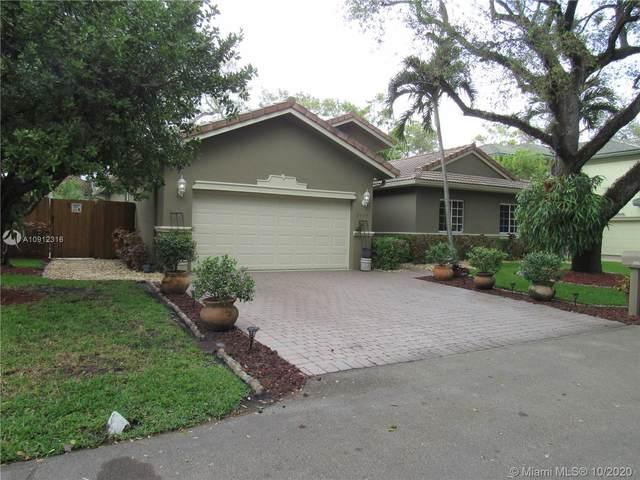 1439 SW 11th Pl, Fort Lauderdale, FL 33312 (MLS #A10912316) :: Berkshire Hathaway HomeServices EWM Realty