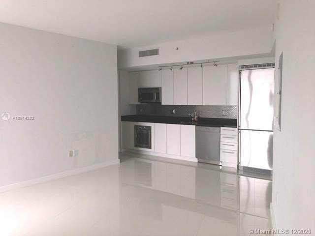 92 SW 3rd St #2806, Miami, FL 33130 (MLS #A10914282) :: ONE Sotheby's International Realty