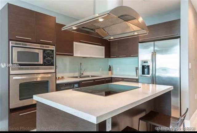7930 East Drive #1006, North Bay Village, FL 33141 (MLS #A10915454) :: Castelli Real Estate Services
