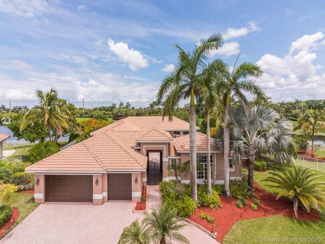 1393 Victoria Isle Ln, Weston, FL 33327 (MLS #A10915962) :: ONE | Sotheby's International Realty