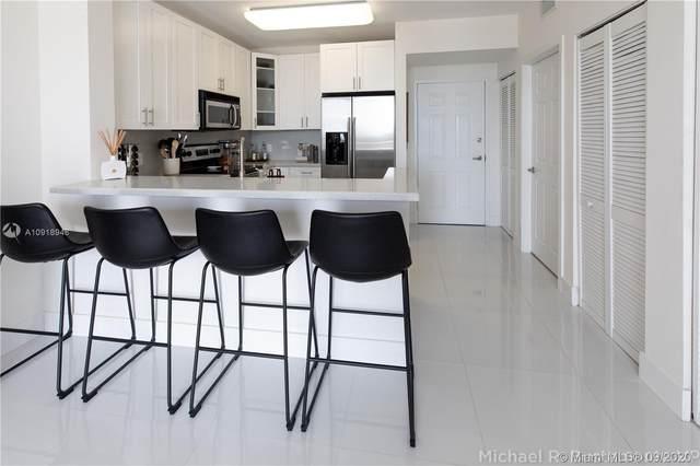 2425 SW 27th Ave #1007, Miami, FL 33145 (MLS #A10918946) :: Berkshire Hathaway HomeServices EWM Realty