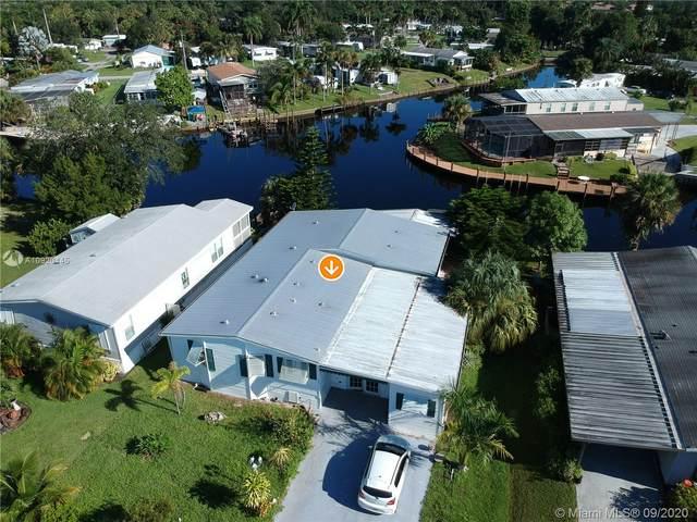 131 SE Paradise Place, Stuart, FL 34997 (MLS #A10920445) :: Berkshire Hathaway HomeServices EWM Realty