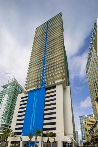 1200 Brickell Bay Dr #2722, Miami, FL 33131 (MLS #A10924224) :: Prestige Realty Group