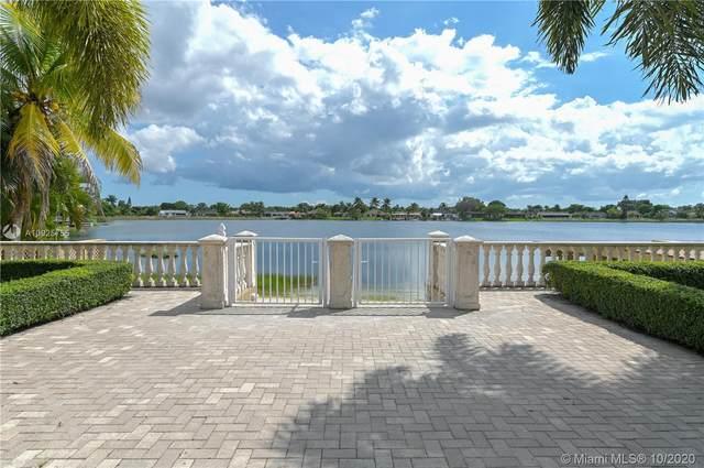14920 SW 67th Ln, Miami, FL 33193 (MLS #A10925755) :: Carole Smith Real Estate Team