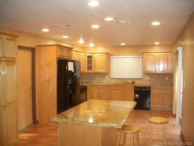 2805 SW 9th St, Boynton Beach, FL 33435 (MLS #A10925968) :: ONE   Sotheby's International Realty