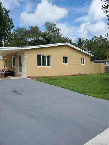 4211 SW 32nd Ct, West Park, FL 33023 (MLS #A10927931) :: Miami Villa Group