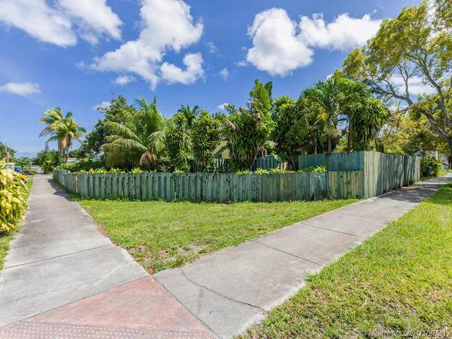 1221 N 58th Ave, Hollywood, FL 33021 (MLS #A10928697) :: THE BANNON GROUP at RE/MAX CONSULTANTS REALTY I