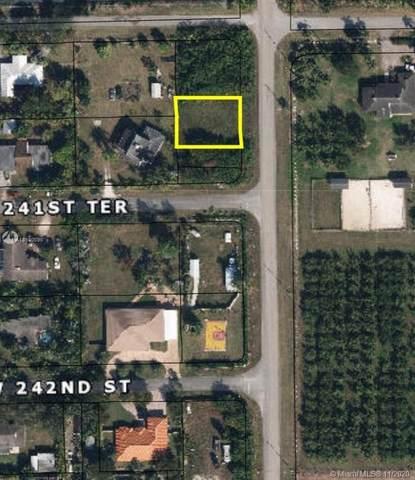 240XX SW 197 Ave., Miami, FL 33031 (MLS #A10930090) :: Berkshire Hathaway HomeServices EWM Realty