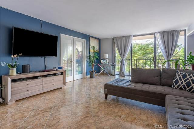 210 174st #310, Sunny Isles Beach, FL 33160 (MLS #A10930225) :: Carole Smith Real Estate Team