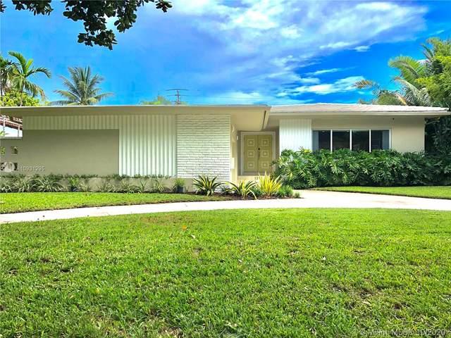 1315 Lenox Ave, Miami Beach, FL 33139 (MLS #A10931295) :: Prestige Realty Group