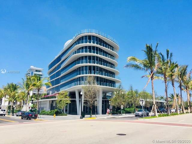 1 Collins Ave #605, Miami Beach, FL 33139 (MLS #A10932925) :: KBiscayne Realty