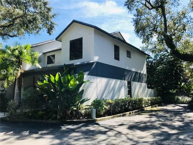 3446 Oak Dr, Hollywood, FL 33021 (MLS #A10935970) :: Carole Smith Real Estate Team