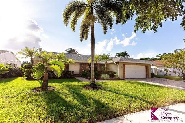 741 Blue Ridge Wy, Davie, FL 33325 (MLS #A10936058) :: Berkshire Hathaway HomeServices EWM Realty
