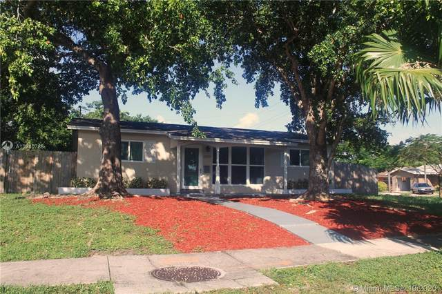 2220 N 40th Ave, Hollywood, FL 33021 (MLS #A10940786) :: Search Broward Real Estate Team at RE/MAX Unique Realty