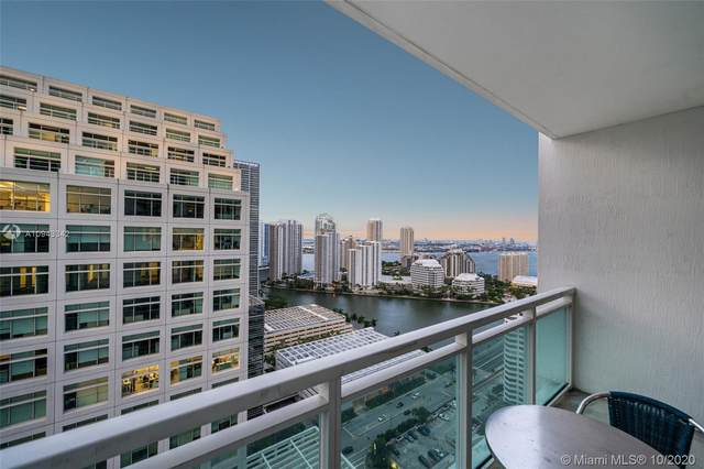 950 Brickell Bay Dr #3002, Miami, FL 33131 (MLS #A10943342) :: Carole Smith Real Estate Team