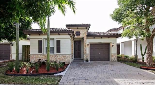 2426 NE 3rd Ct, Homestead, FL 33033 (MLS #A10943663) :: Carole Smith Real Estate Team