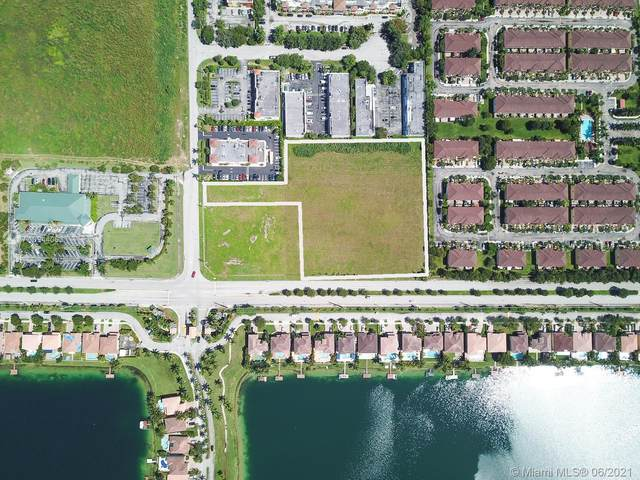 SW 136 St, Kendall, FL 33186 (MLS #A10944063) :: GK Realty Group LLC