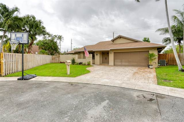 8655 SW 57th Ct, Cooper City, FL 33328 (MLS #A10944619) :: Search Broward Real Estate Team at RE/MAX Unique Realty