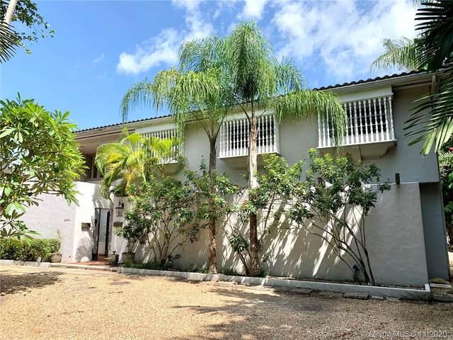 4951 University Dr, Coral Gables, FL 33146 (MLS #A10946309) :: Berkshire Hathaway HomeServices EWM Realty