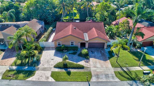 7210 NW 4th Ave, Boca Raton, FL 33487 (MLS #A10947209) :: The Howland Group