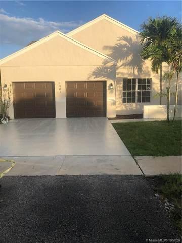 1481 SW 85th Ave, Pembroke Pines, FL 33025 (MLS #A10947355) :: Carole Smith Real Estate Team