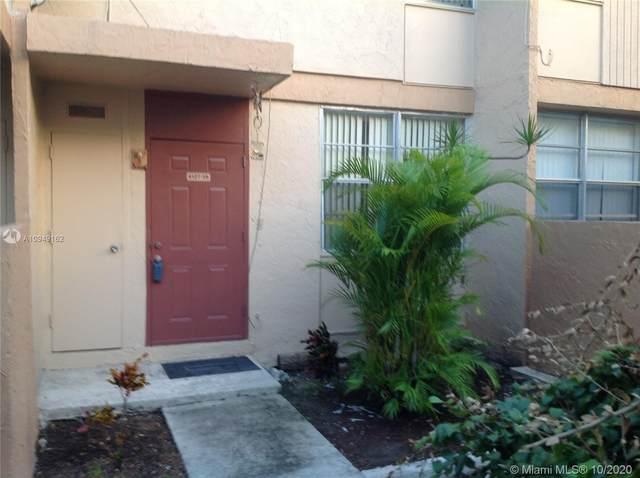 6127 SW 69th St #35, South Miami, FL 33143 (MLS #A10949162) :: Berkshire Hathaway HomeServices EWM Realty