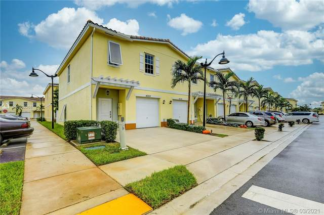4028 NW 11th St, Lauderhill, FL 33313 (MLS #A10952266) :: Prestige Realty Group