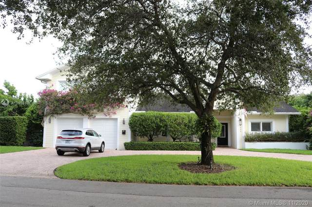 8405 SW 107th St, Miami, FL 33156 (MLS #A10953101) :: Laurie Finkelstein Reader Team