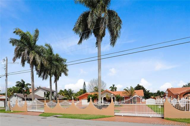 3301 SW 132nd Ave, Miami, FL 33175 (MLS #A10955750) :: Miami Villa Group