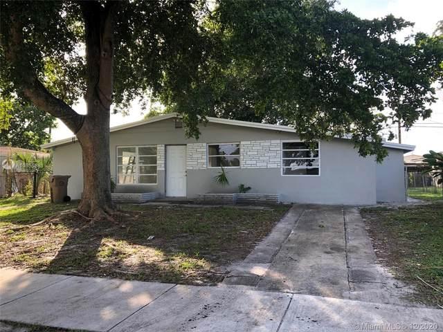 3761 SW 58th Ave, Davie, FL 33314 (MLS #A10955881) :: Albert Garcia Team