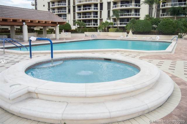 20191 E Country Club Dr #402, Aventura, FL 33180 (MLS #A10958402) :: Podium Realty Group Inc