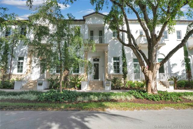 639 Santander Ave #4, Coral Gables, FL 33134 (MLS #A10959177) :: Castelli Real Estate Services