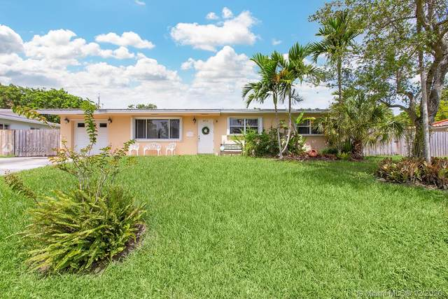 9715 SW 77th Ter, Miami, FL 33173 (MLS #A10960156) :: Berkshire Hathaway HomeServices EWM Realty