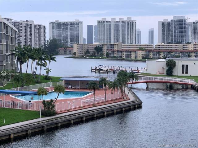 2905 Point East Dr L405, Aventura, FL 33160 (MLS #A10960450) :: ONE Sotheby's International Realty