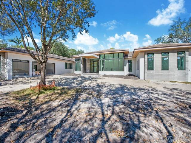 6525 SW 106th St, Pinecrest, FL 33156 (MLS #A10961861) :: The Riley Smith Group
