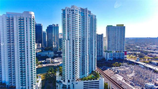 90 SW 3rd St #1105, Miami, FL 33130 (MLS #A10963163) :: The Howland Group