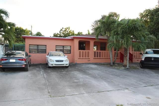 290 W 33rd St, Hialeah, FL 33012 (MLS #A10965495) :: The Riley Smith Group