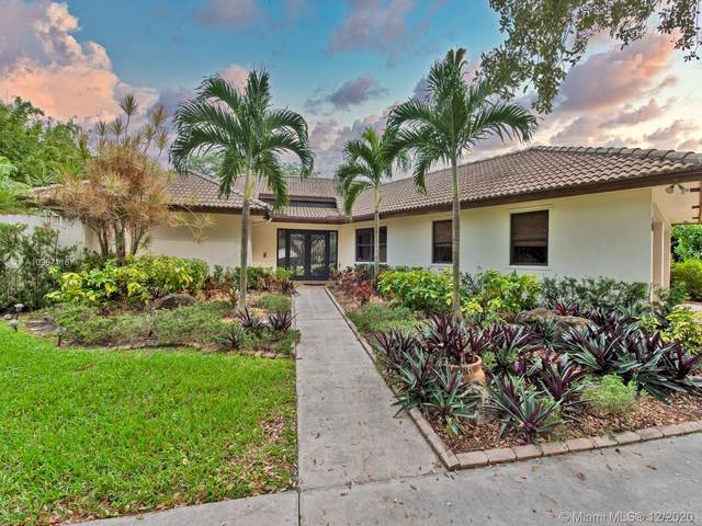 4980 SW 195th Ter, Southwest Ranches, FL 33332 (MLS #A10967118) :: Laurie Finkelstein Reader Team