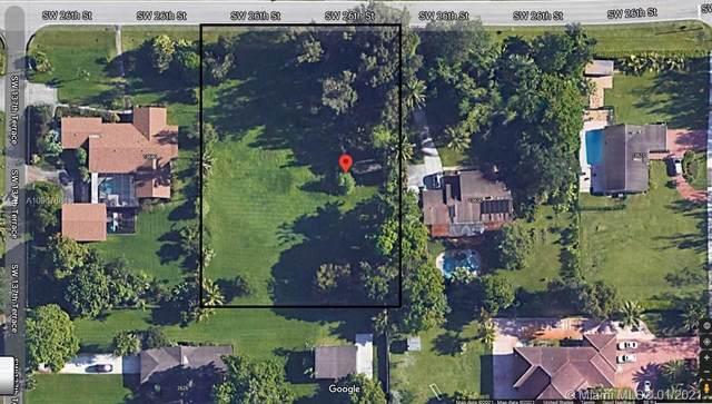 13650 Sw 26 St, Davie, FL 33330 (MLS #A10967684) :: Green Realty Properties