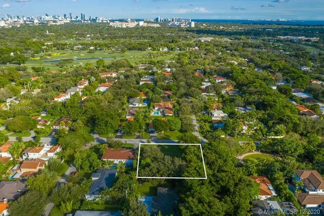4590 Alhambra Cir, Coral Gables, FL 33146 (MLS #A10969054) :: Miami Villa Group