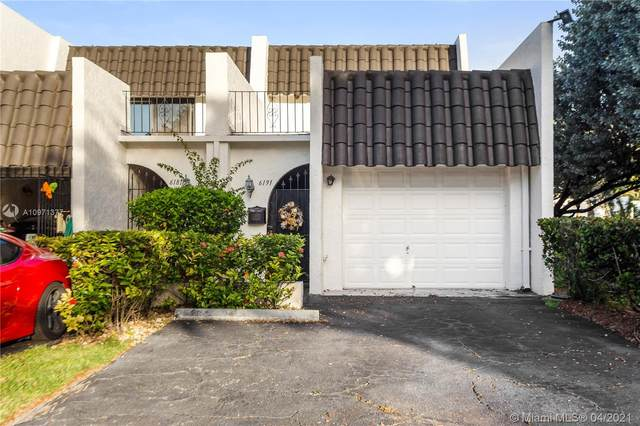 6191 SW 90th Ct 2-K, Miami, FL 33173 (MLS #A10971377) :: The Rose Harris Group