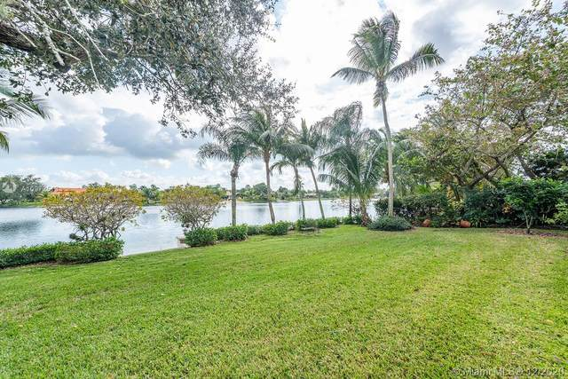 19521 W Saint Andrews Dr, Miami Lakes, FL 33015 (MLS #A10972513) :: THE BANNON GROUP at RE/MAX CONSULTANTS REALTY I