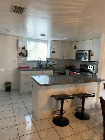 651 NW 82nd Ave #112, Miami, FL 33126 (MLS #A10973228) :: The Riley Smith Group