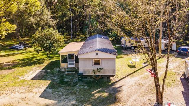11719 NE Hwy 315,Fort Mccoy, Other City - In The State Of Florida, FL 32134 (MLS #A10974136) :: Compass FL LLC