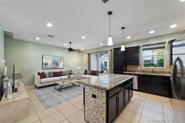 2952 St Thomas Dr #2952, Cooper City, FL 33024 (MLS #A10974572) :: THE BANNON GROUP at RE/MAX CONSULTANTS REALTY I
