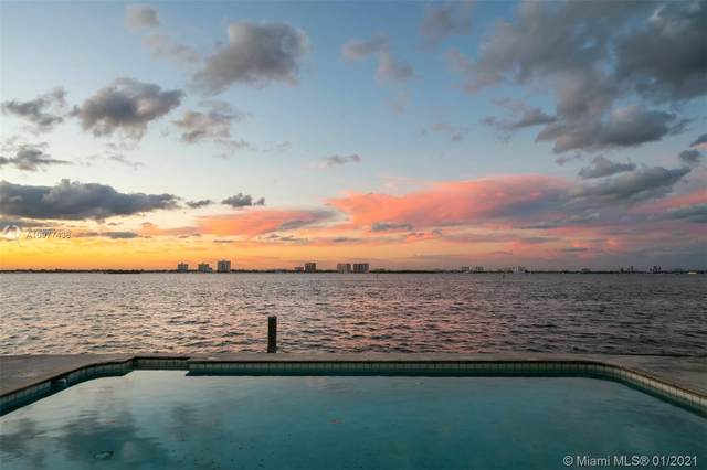 945 N Shore Dr, Miami Beach, FL 33141 (MLS #A10977438) :: The Teri Arbogast Team at Keller Williams Partners SW